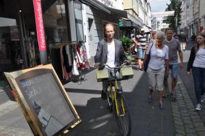 Kaffe Mathews, Zu Bong, a sonic cycling experience.