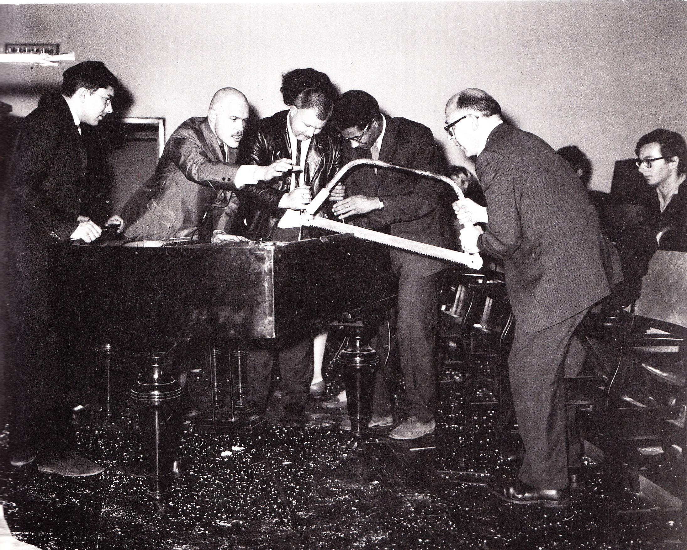 Konsten att förstöra ett piano