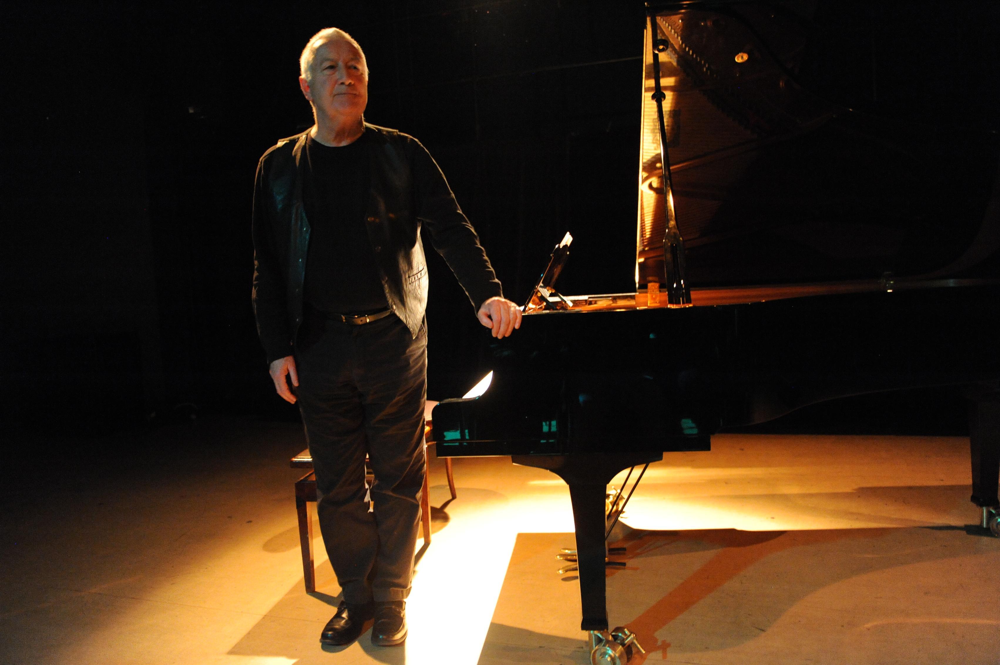 Musik i glappet – John Tilbury spelar Morton Feldman
